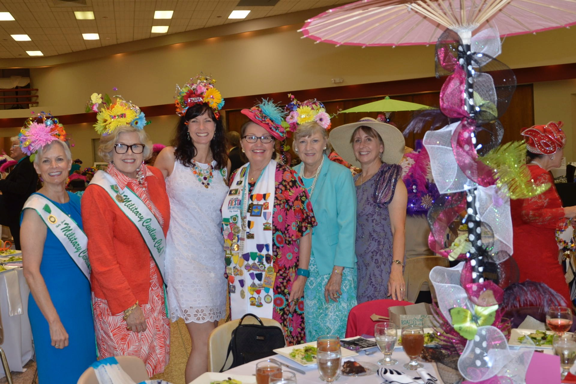Hat Luncheon_160420F-IF329-036