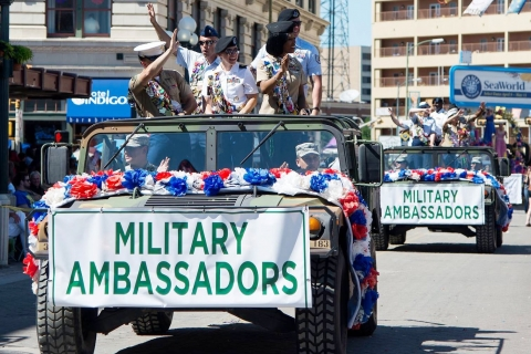 Battle of Flowers Parade1