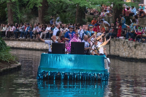 River Parade 160419-F-YQ806-045