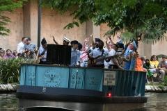River Parade 1